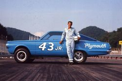 Richard Petty, Hemi Barracuda