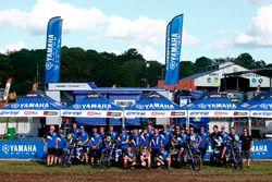 Командное фото Yamaha Rally Team