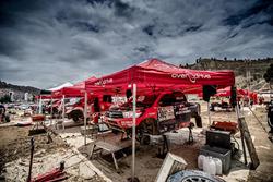 #305 Overdrive Racing Toyota: Nani Roma, Alex Haro au bivouac