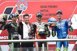 المركز الثاني يوهان زاركو، تيك 3 ياماها، الفائز كال كراتشلو، فريق إل سي أر هوندا، المركز الثالث أليكس رينز، فريق سوزوكي