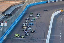 Start zum Desert Diamond Phoenix Grand Prix 2018: Sébastien Bourdais, Dale Coyne Racing with Vasser-Sullivan Honda