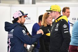 Sergio Pérez, Force India y Nico Hulkenberg, Renault Sport F1 Team Desfile de pilotos