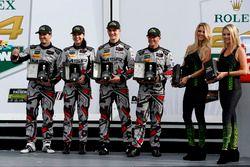 Victory lane, Northern Endurance Cup: #86 Michael Shank Racing Acura NSX: Katherine Legge, Alvaro Pa
