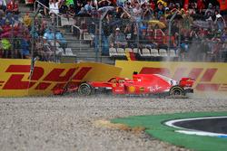Авария: Себастьян Феттель, Ferrari SF71H