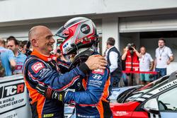 Гонщики BRC Racing Team Габриэле Тарквини и Норберт Михелиц