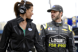 Jimmie Johnson, Hendrick Motorsports, Chevrolet Camaro, mit Jamie Little, Fox Sports