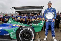 Alexander Rossi, Andretti Autosport Honda viert het winnen van de Verizon P1 Pole Award voor Race Twee