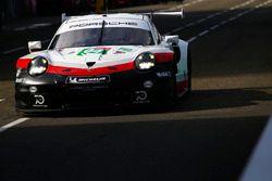 #94 Porsche GT Team Porsche 911 RSR: Romain Dumas, Timo Bernhard, Sven Müller