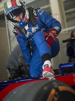 Tony Cairoli tests a Toro Rosso