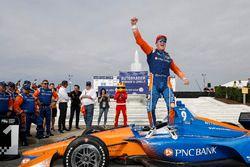 Ganador de carrera Scott Dixon, Chip Ganassi Racing Honda