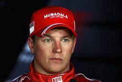 Le troisième Kimi Raikkonen, Ferrari, en conférence de presse