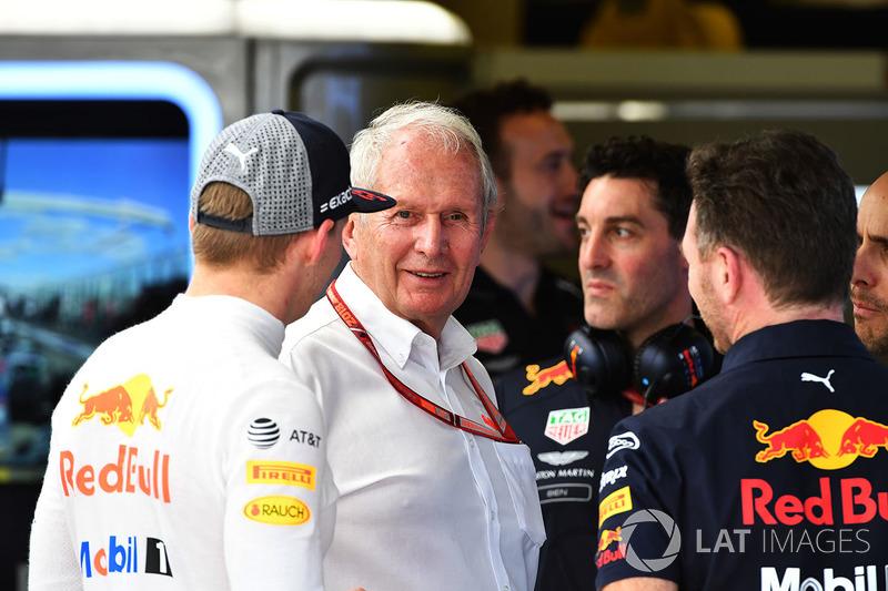 Макс Ферстаппен, Red Bull Racing, консультант Red Bull Гельмут Марко, керівник Red Bull Racing Крістіан Хорнер