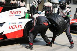 Toyota Gazoo Racing mechanics at work