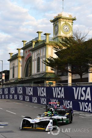 Lucas di Grassi, Audi Sport ABT Schaeffler, leads Sam Bird, DS Virgin Racing