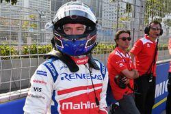 Nick Heidfeld, Mahindra Racing, in griglia