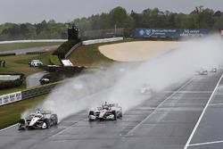 Start: Josef Newgarden, Team Penske Chevrolet, Will Power, Team Penske Chevrolet