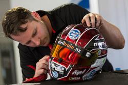 Шлем гонщика Nissan Motorsport Андре Хаймгартнера