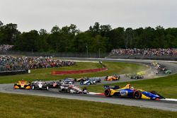 Alexander Rossi, Andretti Autosport Honda, Will Power, Team Penske Chevrolet, au départ