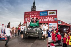 Kamyon Yarış galibi #309 Team Kamaz Master: Andrey Karginov, Andrey Mokeev, Igor Leonov