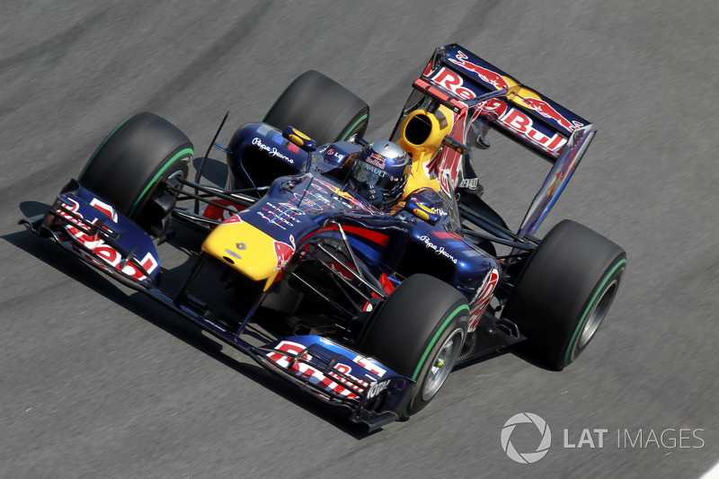 Себастьян Феттель Red Bull Racing RB6
