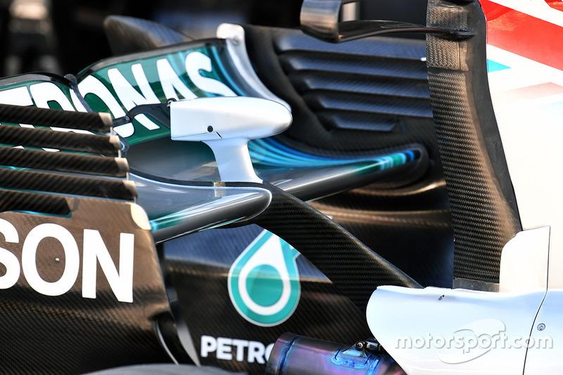 Mercedes-Benz F1 W08 arka kanat detay