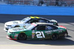 Daniel Hemric, Richard Childress Racing Chevrolet y Blake Koch, Kaulig Racing Chevrolet