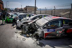 The car of Rob Huff, Sébastien Loeb Racing Volkswagen Golf GTI TCR after the crash