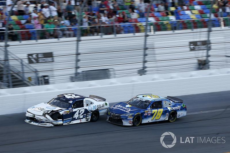 Crash, Kyle Larson, Chip Ganassi Racing Chevrolet Camaro, Ryan Ellis, BJ McLeod Motorsports Toyota C