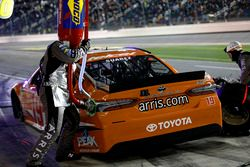 Arrêt au stand pour Daniel Suarez, Joe Gibbs Racing Toyota Camry