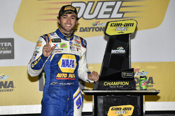 Chase Elliott, Hendrick Motorsports Chevrolet Camaro vince il duel 2