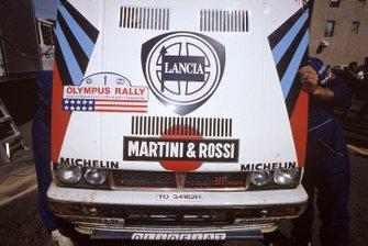 Автомобиль Lancia Delta Integrale Мики Биазьона и Тициано Сивьеро