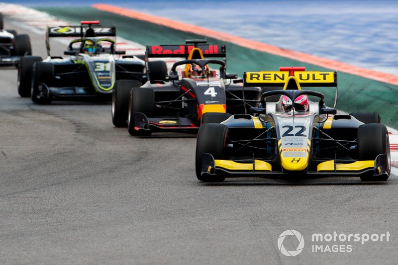 Ye Yifei, Hitech Grand Prix, Liam Lawson, MP Motorsport and Logan Sargeant, Carlin Buzz Racing