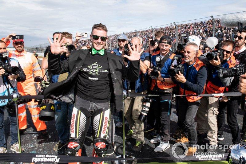 Jonathan Rea, Kawasaki Racing Team festeggia il suo quinto titolo