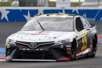 Matt DiBenedetto, Leavine Family Racing, Toyota Camry Toyota Express Maintenance