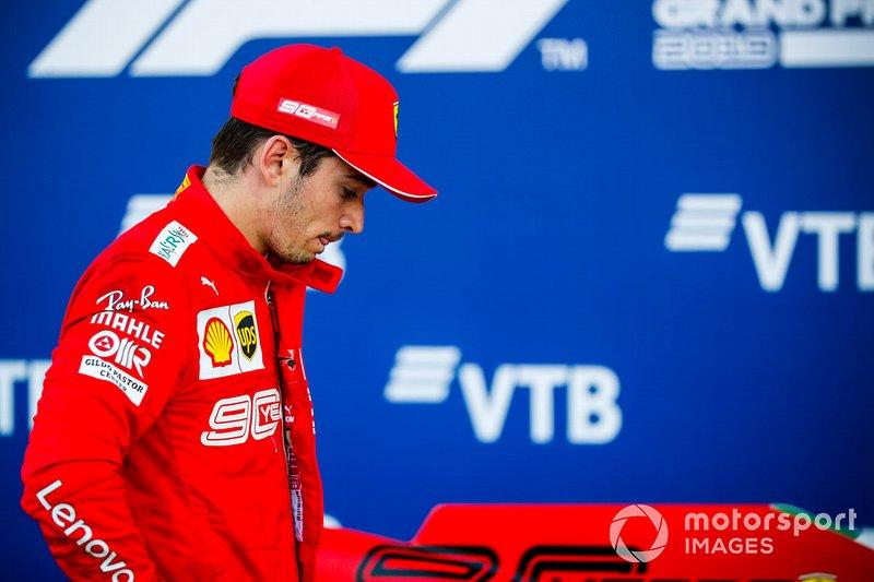 Charles Leclerc, Ferrari, terzo classificato, al Parc Ferme