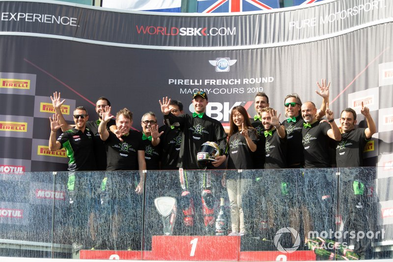 Jonathan Rea, Kawasaki Racing Team's team celebrates his 5th world title