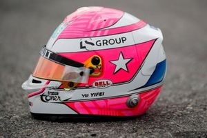 Tribute Helmet worn Ye Yifei, Hitech Grand Prix