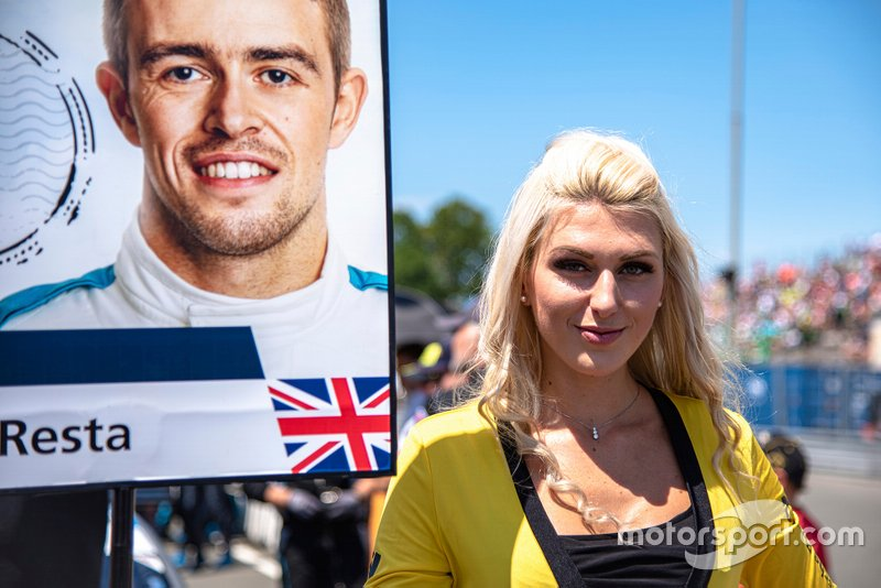 Grid girl, Paul Di Resta, R-Motorsport, Aston Martin Vantage AMR