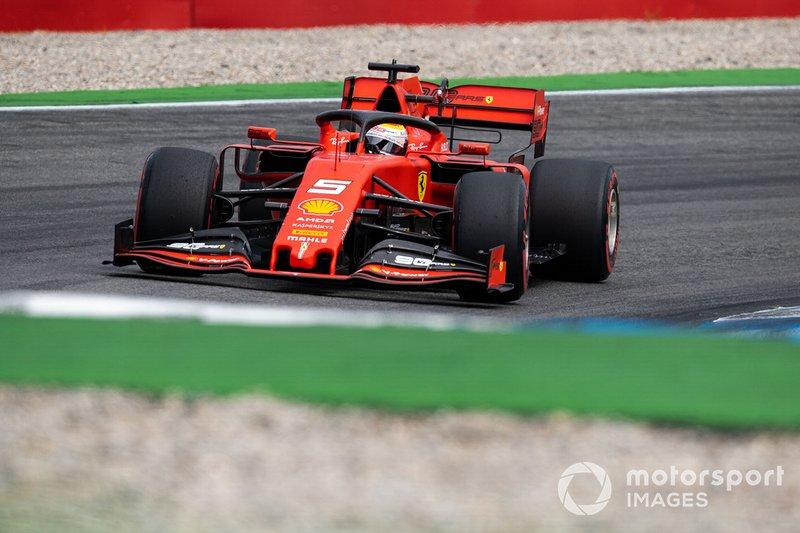 20 - Sebastian Vettel chegou a entrar na pista, mas teve problema no turbo de seu carro e sequer fechou uma volta cronometrada. Vai largar em último