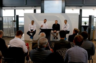 Wolfgang Schattling, Dr. Florian Kamelger, Dr, Andreas Baenziger, R-Motorsport met Dr. Andy Palmer, Aston Martin Lagonda President & Group CEO