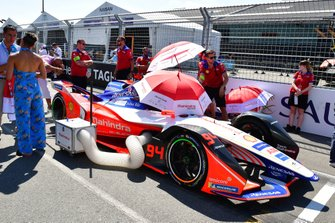 Pascal Wehrlein's, Mahindra Racing, M5 Electro on the grid