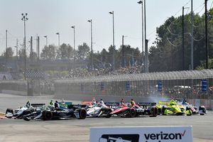 Jordan King, Ed Carpenter Racing Chevrolet, Carlos Munoz, Schmidt Peterson Motorsports Honda, Pietro Fittipaldi, Dale Coyne Racing Honda, Simon Pagenaud, Team Penske Chevrolet, start