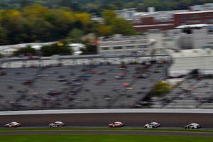 Ryan Blaney, Team Penske, Ford Fusion BODYARMOR and Erik Jones, Joe Gibbs Racing, Toyota Camry buyatoyota.com