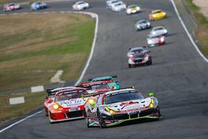 #11 Wochenspiegel Team Monschau Ferrari 488 GT3: Leonard Weiss, Christian Menzel, Nico Menzel