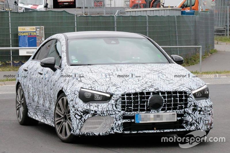 Mercedes AMG CLA45 (шпигунське фото)
