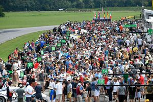 Fans pack the pre-race grid, atmosphere,