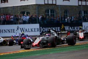 Romain Grosjean, Haas F1 Team VF-18, Kevin Magnussen, Haas F1 Team VF-18, Pierre Gasly, Toro Rosso STR13