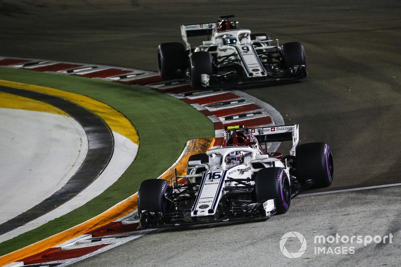 Charles Leclerc, Sauber C37 and Marcus Ericsson, Sauber C37