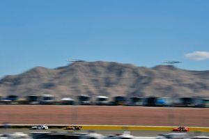 Ross Chastain, Chip Ganassi Racing, Chevrolet Camaro DC Solar and Daniel Hemric, Richard Childress Racing, Chevrolet Camaro South Point Hotel & Casino