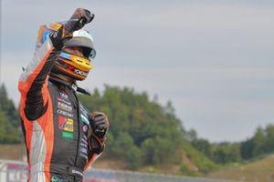 Race winner Hiroaki Ishiura, Cerumo Inging